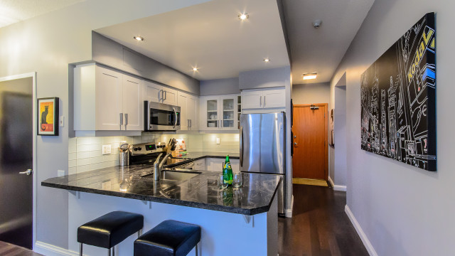 33 Sheppard Ave East Unit 201, North York Condo