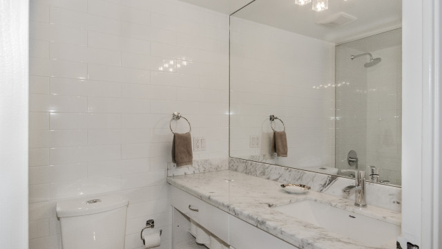 60 Montclair Ave Unit 501, Toronto Condo