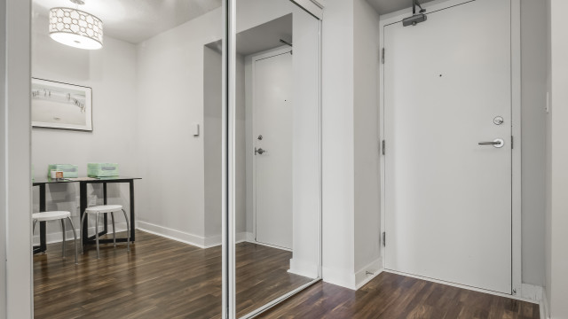 25 Telegram Mews Unit 2711, Toronto Condo