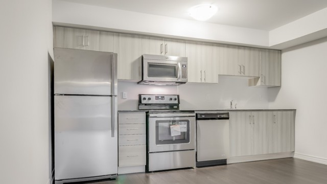 50 Carnation Ave Unit 145, Etobicoke House