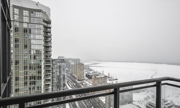 11 Brunel Crt Unit 4910, Toronto Condo for Sale