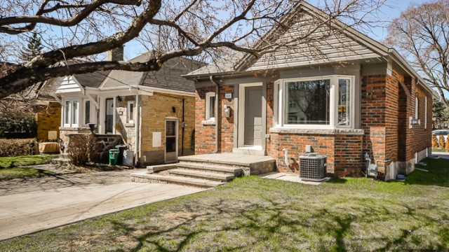414 Sutherland Drive, Toronto Home for Sale