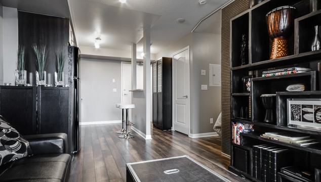 4 Elsinore Path Unit 1210, Etobicoke Condo for Sale