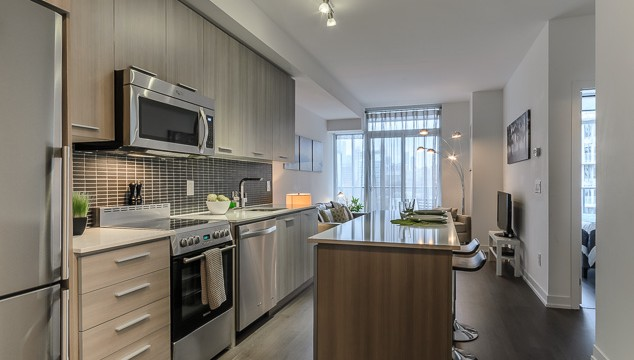105 George St Unit 603, Toronto Condo for Sale