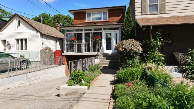38 Cambrai Ave, Toronto Home for Sale