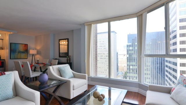 55 Centre Ave Unit 1607, Toronto Condo