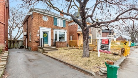 224 Lawrence Ave E, Toronto Home for Sale