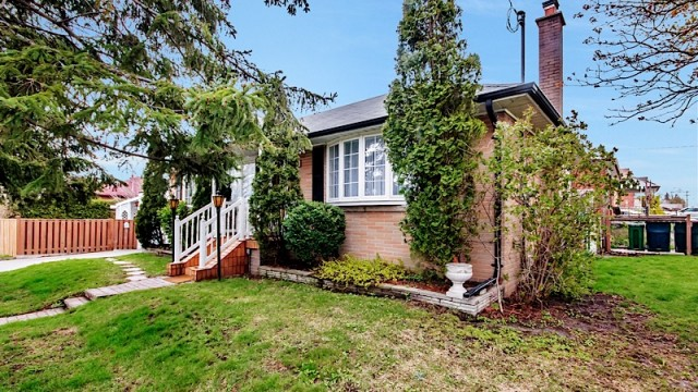 1 Ordway Rd, Toronto Home for Sale