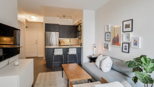 65 East Liberty St Unit 1610, Toronto Condo