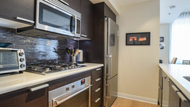 375 King St Unit 706, Toronto Condo for Sale