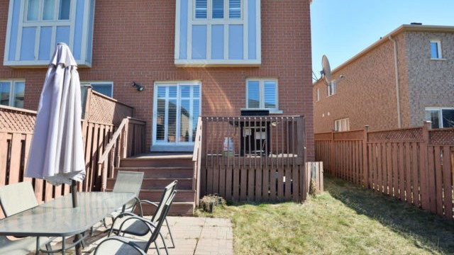 811 Othello Crt, Mississauga Home
