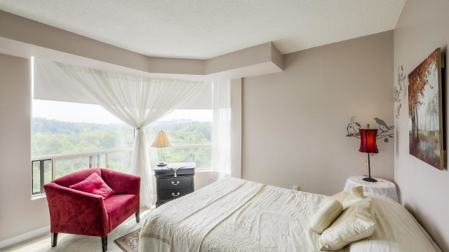 3 Hickory Tree Road Unit 503, Toronto Condo