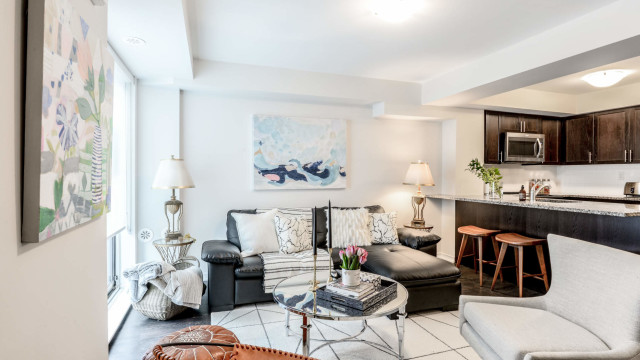 3 Applewood Lane Unit 103, Toronto Condo