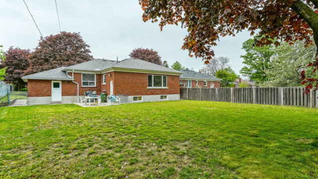 1 Kingsmere Cres, Toronto Home For Sale