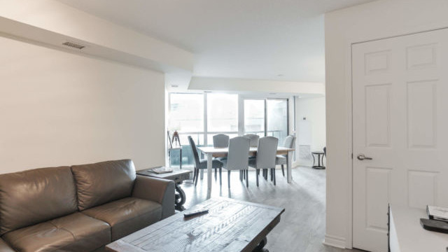 25 Lower Simcoe St  Unit 601, Toronto Condo