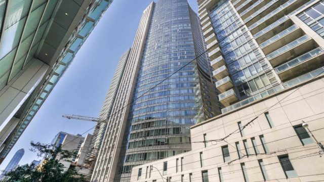 210 Victoria St Unit 3011, Toronto Lease