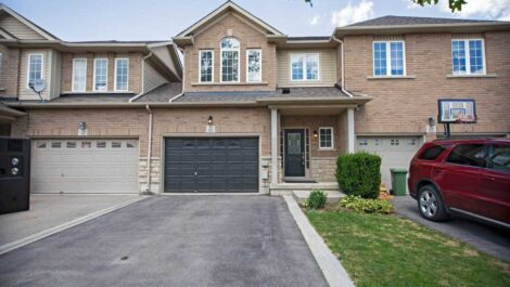 85 Cornerstone Drive, Stoney Creek Home