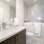 39 Queens Quay Unit 1132, Toronto Condo